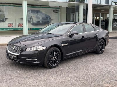 Jaguar XJ 2.0i Ti Luxury bei Garage De Poorter in 8530 Harelbeke