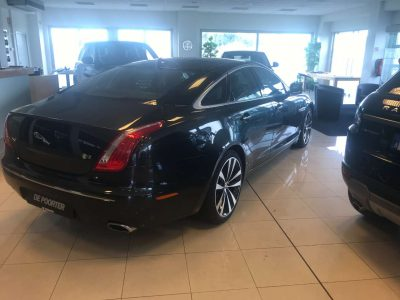Jaguar XJ 3.0D V6 Premium Luxury Start/Stop bei Garage De Poorter in 8530 Harelbeke